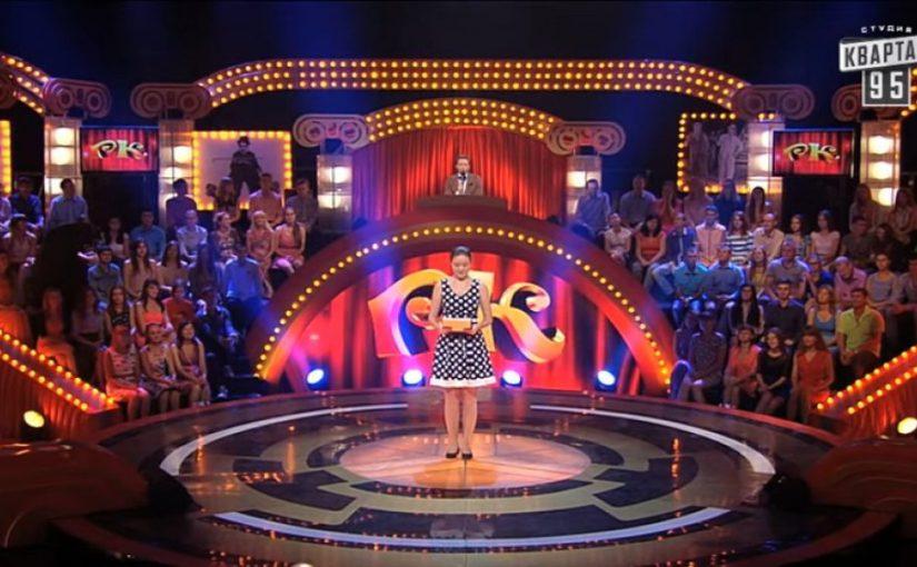 Эта скромная девушка выиграла 100 000 за «харю у костра». Зал и жюри плакали от смеха!