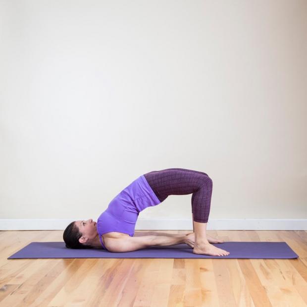Йога для красивого тела: 9 лучших упражнений