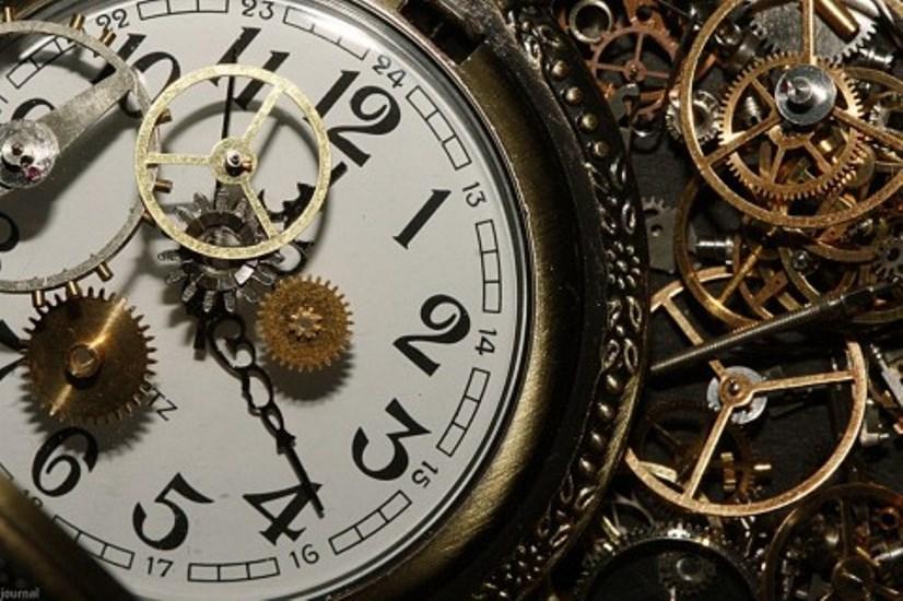 Выберите часы и узнайте свое будущее! Быстрое гадание поможет Вам…