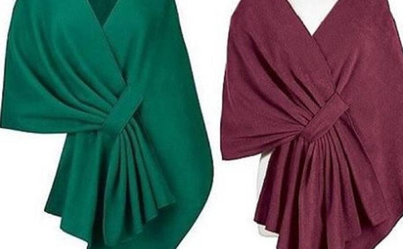 Интересная идея для любителей шитья — простая , но эффектная накидка…