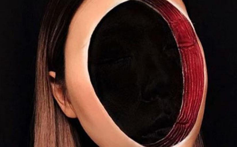 Она создает макияж, который приводит в ужас и сводит с ума!