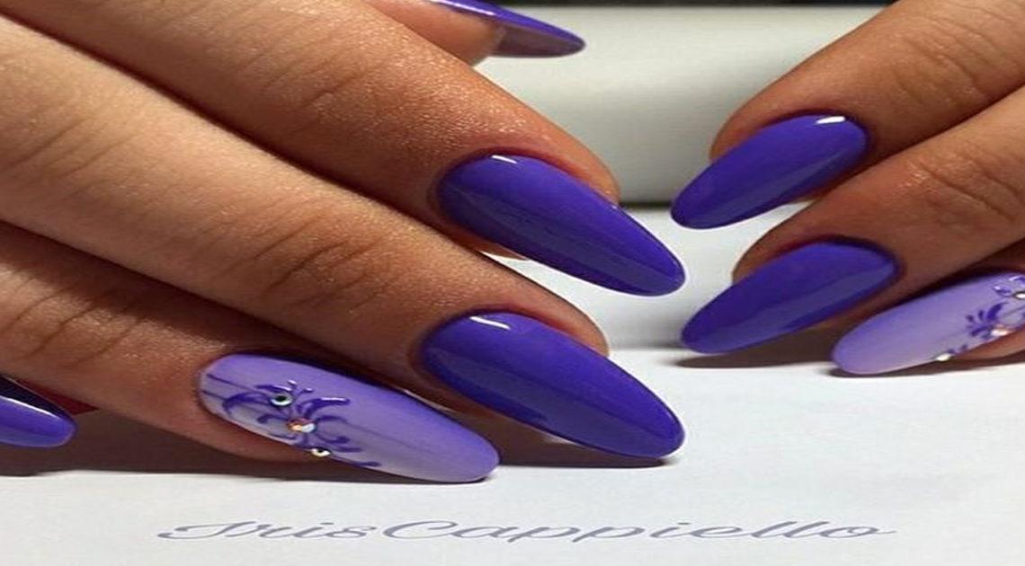 Нежность сиреневого, романтичность лавандового, таинственность фиолетового — роскошный маникюр