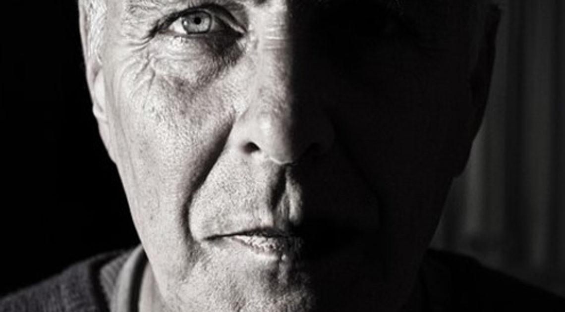 «Быть стариками — не простая штука» — стихотворение Андрея Дементьева об искусстве старения