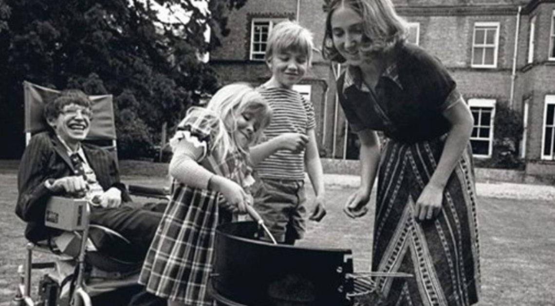 20 цитат Стивена Хокинга: мысли гения о жизни, человеке и науке