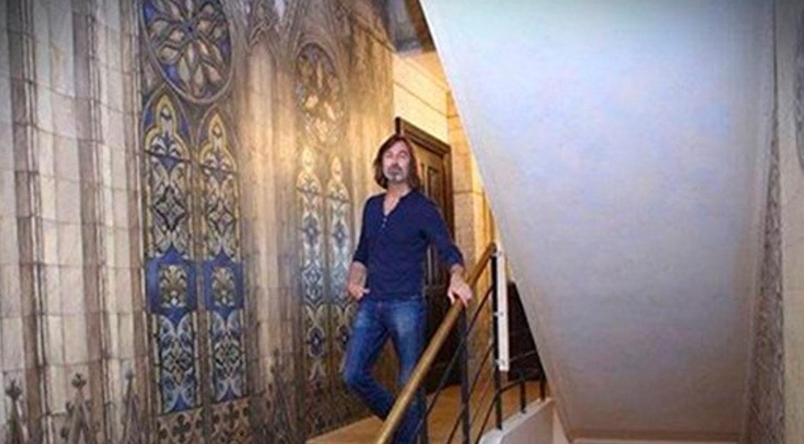 Художник Никас Сафронов показал свою новую 15-ти комнатную квартиру